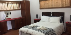 Cherry Lane Room 7 (Self-Catering Unit)